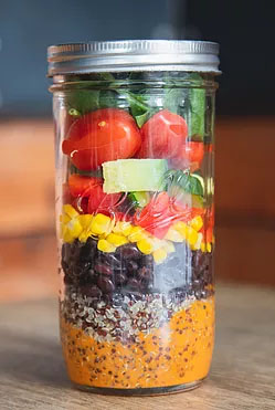 our Ball mason jars keep our salads super fresh by minimising oxidation